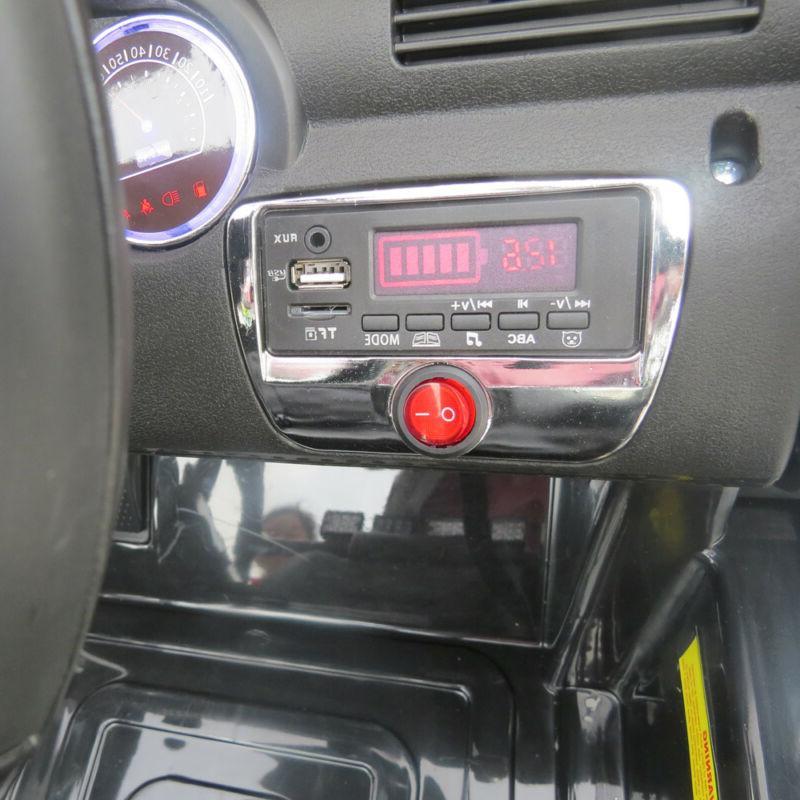 12V Kids on Car SUV MP3 Remote Control LED 4-wheel