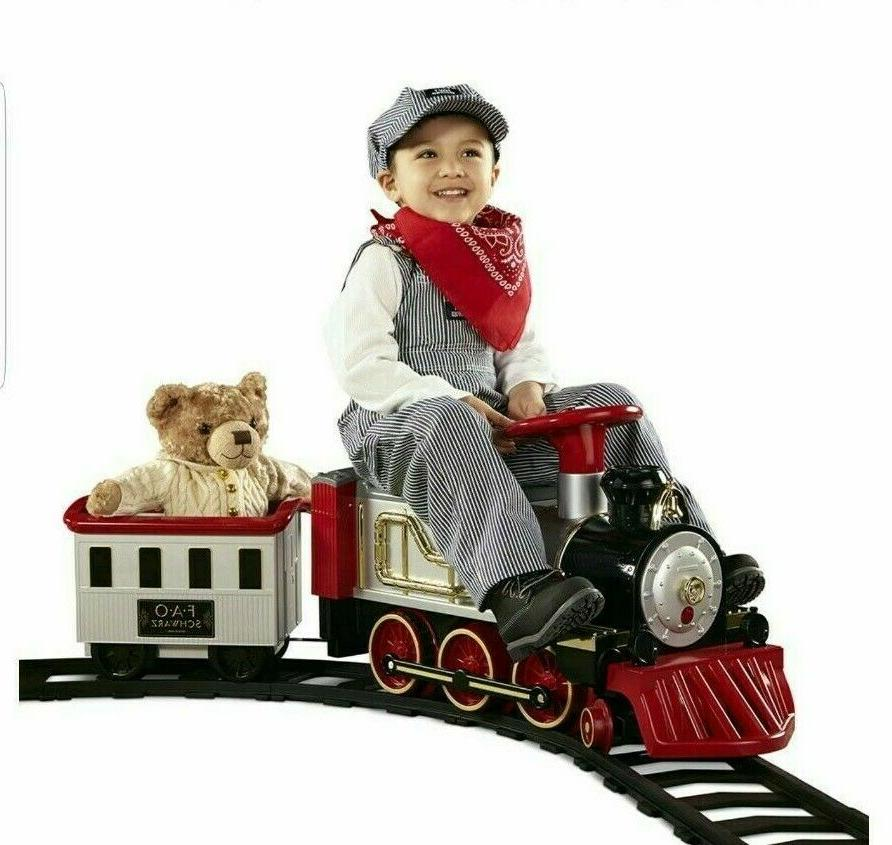 FAO Schwarz Ride Train Set with Tracks 6V New